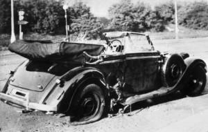 De Mercedes van Heydrich na de aanlslag